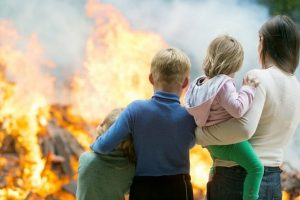 Read more about the article Local resident describes house fire as 'scene from hell'