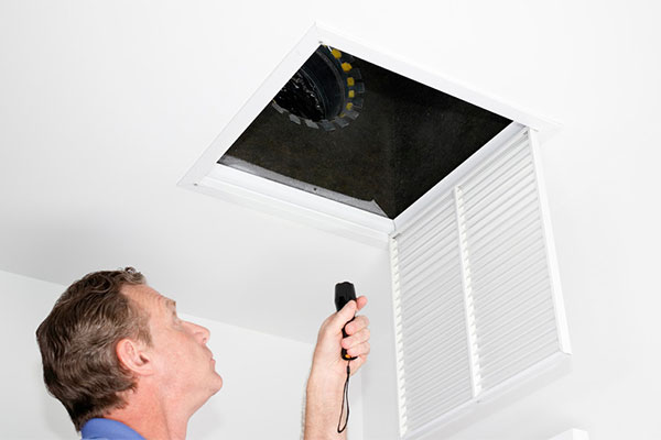 You are currently viewing If you notice these things it's time to clean your air ducts